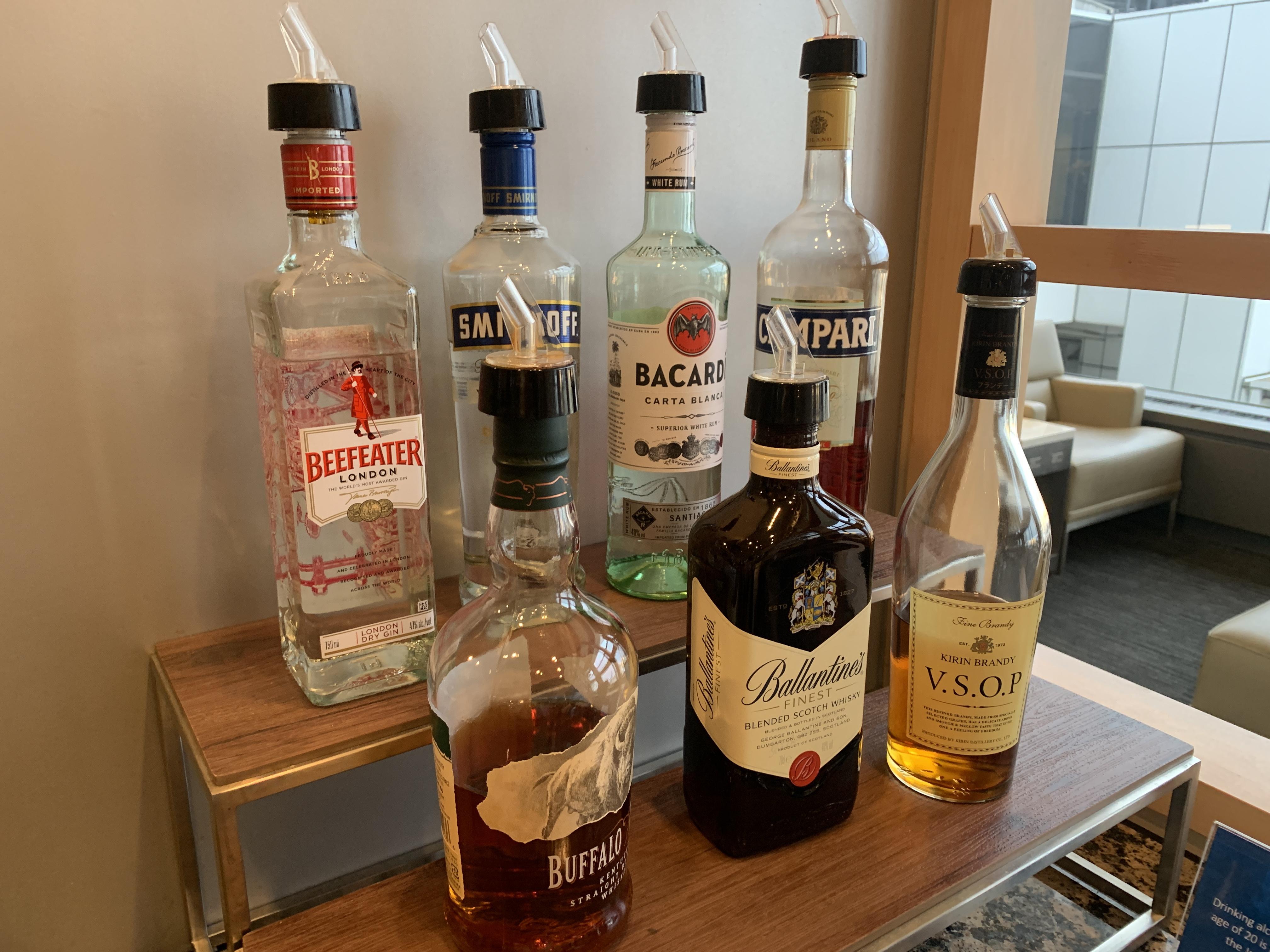 ユナイテッドビジネスクラスアルコール